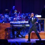 HIp Hop History! Nas Performs with 100 piece Orchestra