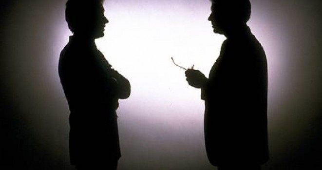 2_men_talking_silouette