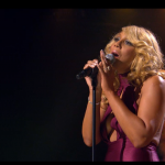 Tamar Braxton Had A Melt Down On Stage [Listen Now]