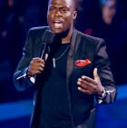kevin-hart-defends-kristen-stewart-at-mtv-vmas