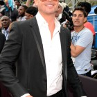 rs_634x1024-130630173306-634.RobinThicke.BET2013.6.30.13.JMD_copy
