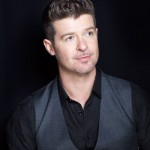 What's poppin' w/ Robin Thicke's new chick?