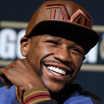 What's poppin' w/ Floyd Mayweather fighting again?