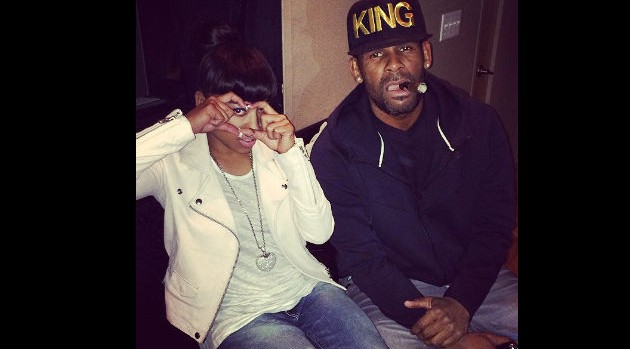 Keyshia Cole Hits Studio with R  Kelly |