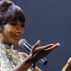 blogmedia-m_whitneyhouston_biopic_122014.jpg